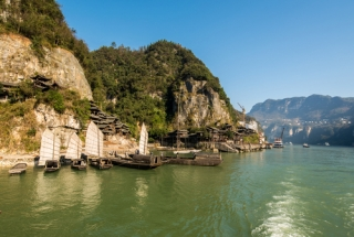 Extension tour: Yangtze River Cruise 5 Days Tour (Including Domestic Flight)