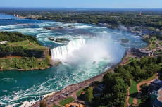 尼亚加拉大瀑布 (加拿大)